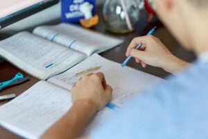10 Secrets of Writing a Good Hook for a College Essay